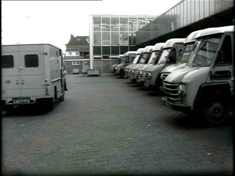 1971 B/W Demonstration of an electric delivery van / Utrecht, Utrecht, Netherlands