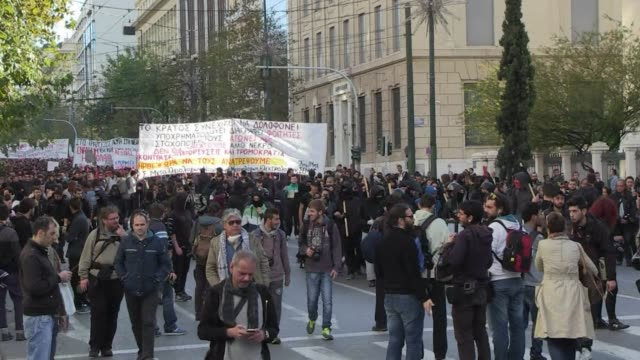 demonstrations took place in athens on saturday to mark the sixth anniversary of the killing of teenager alexis grigoropoulos who was shot dead by a... - politik und regierung stock-videos und b-roll-filmmaterial