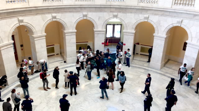 DC: Activists Occupy Cannon Rotunda To Demand Impeachment Proceedings Begin