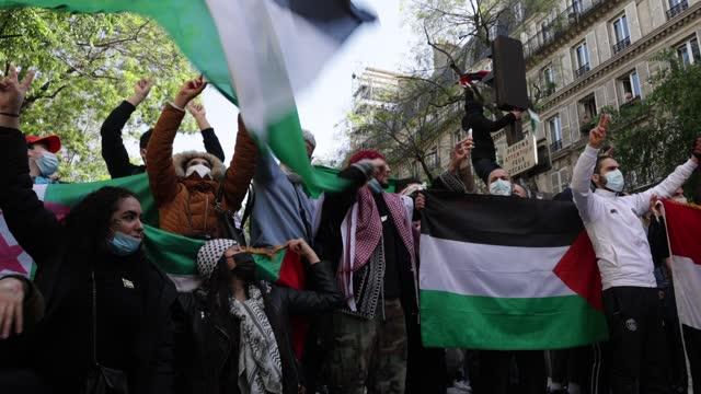 FRA: Palestinian Solidarity Protest Held In Paris
