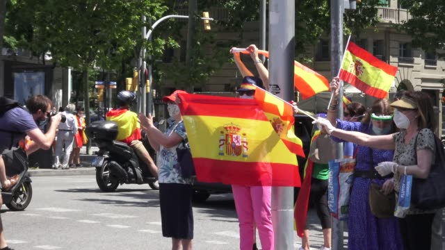 demonstrators wave spanish flags during the 'caravan for spain and its freedom' protest by the farright political party vox against the spanish... - political party stock videos & royalty-free footage