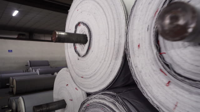 denim textilindustrie - textilfabrik stock-videos und b-roll-filmmaterial