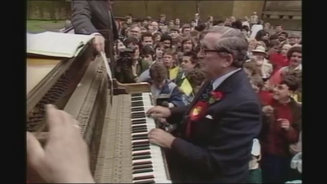 2687 doncaster int denis healey playing the piano in public during election campaign natsot - denis healey stock videos & royalty-free footage