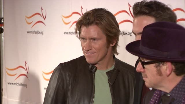 Denis Leary Ryan Reynolds Elvis Costello Tracy Pollan Michael J Fox and Brian Grant at the 'A Funny Thing Happened On The Way To Cure Parkinson's'...