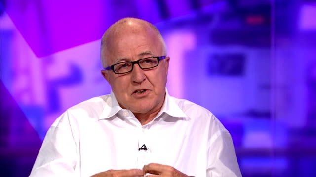 vídeos de stock, filmes e b-roll de denis macshane interview; england: london: gir: int denis macshane interview sot - cathy newman