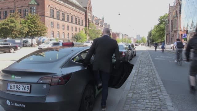 denmark's largest taxi company dantaxi equips its 1900 cars with plexiglass and hand sanitiser hoping to bring back the many customers who have... - öresundregion stock-videos und b-roll-filmmaterial