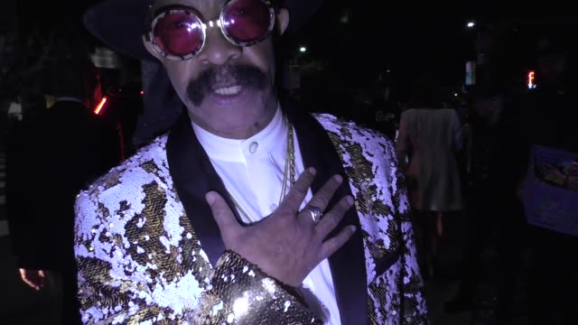 dennis graham talks about drake's grammy win outside delilah nightclub in west hollywood in celebrity sightings in los angeles, - grammy awards stock-videos und b-roll-filmmaterial