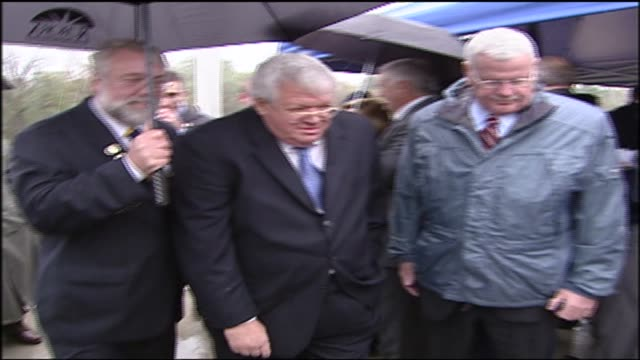 wgn dennis hastert at a ribbon cutting ceremony in aurora illinois in 2006 - yorkville illinois stock videos & royalty-free footage