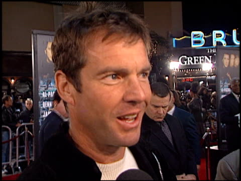 Dennis Quaid at the 'Any Given Sunday' Premiere on December 16 1999