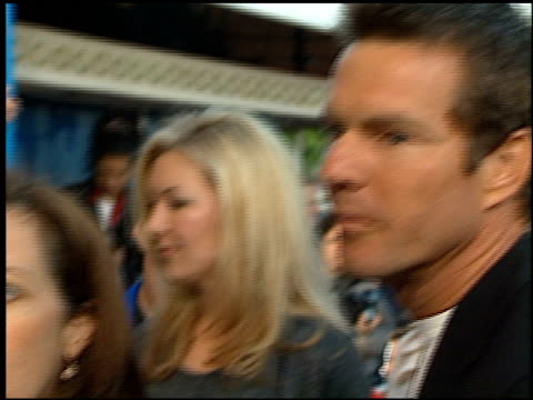 dennis quaid at the 'dragonheart' premiere on may 28, 1996. - dragonheart stock videos & royalty-free footage