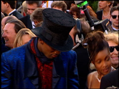 dennis rodman at the 1997 academy awards arrivals at the shrine auditorium in los angeles california on march 24 1997 - 69th annual academy awards stock videos & royalty-free footage