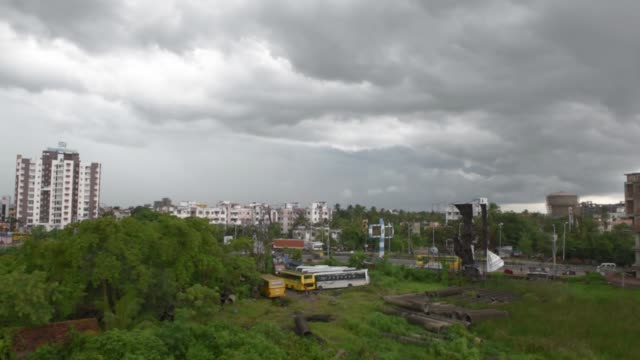 dense clouds can be seen in kolkata, india, 28 september, 2019 - real time stock videos & royalty-free footage