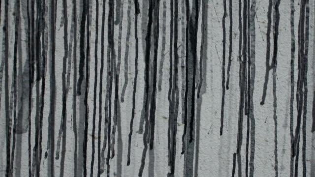 regen hintergrund: dichte graffiti (endlosschleife) - graffito stock-videos und b-roll-filmmaterial