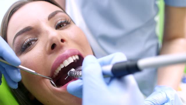 dental verfahren - bohrer stock-videos und b-roll-filmmaterial