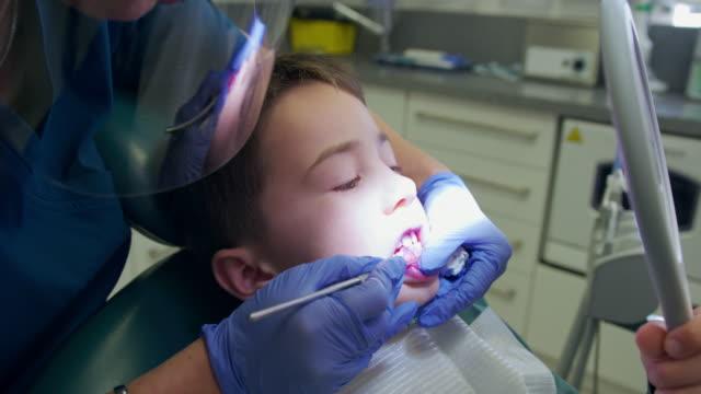 dentist appointment - イーストサセックス点の映像素材/bロール
