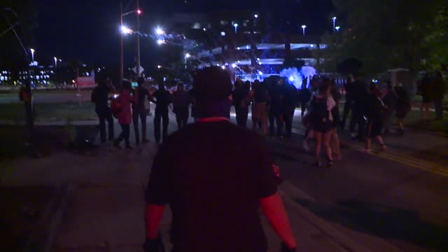kdvr denver co us protestors reacting to elijah mcclain police photo scandal on street at night on saturday july 4 2020 the aurora police department... - enacting stock videos & royalty-free footage