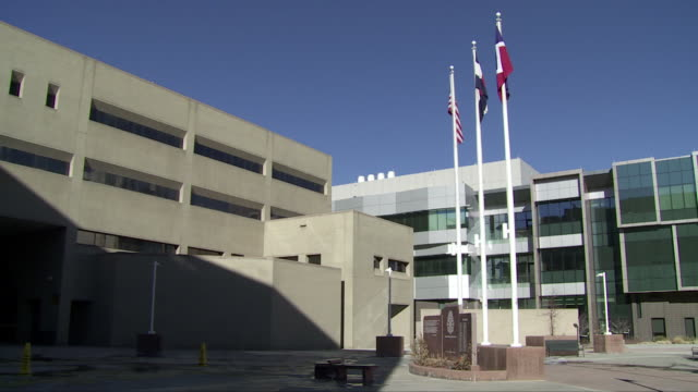 denver crime laboratory (colorado - usa) - centro di ricerca video stock e b–roll