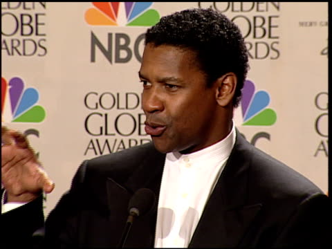 Denzel Washington at the 2000 Golden Globe Awards at the Beverly Hilton in Beverly Hills California on January 23 2000