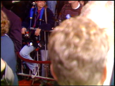 Denzel Washington at the 'Pelican Brief' Premiere on December 13 1993