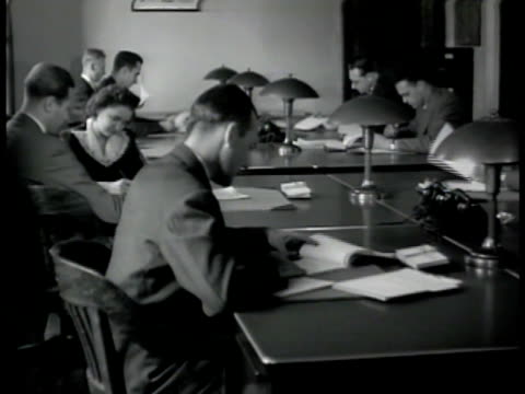 ms 'fbi us department of justice' door ms agents working at desks ms man w/ paper work ms special agent in charge at desk writing ms agents in... - 1942 stock videos and b-roll footage