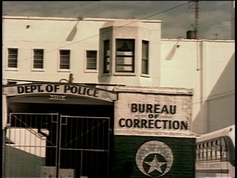 1961 ws department of police building, bureau of correction / new orleans, louisiana, united states - 整理ダンス点の映像素材/bロール