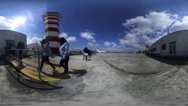 """vídeos de stock, filmes e b-roll de """"deported guatemalan immigrants arrive from an ice deportation flight on february 9, 2017 to guatemala city, guatemala. the u.s. charter jet,... - number 9"""