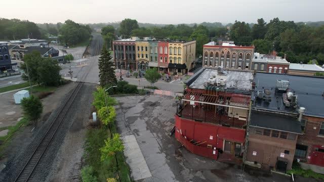 vidéos et rushes de depot town à ypsilanti, michigan vidéo 4k - ypsilanti