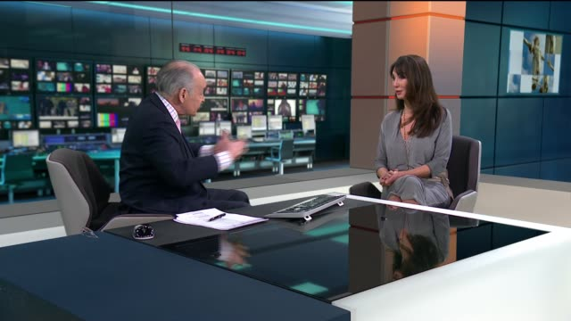 antidepressant drugs are effective study finds england london gir int dr sarah lotzof live studio interview sot re depression and antidepressants - itv lunchtime news stock-videos und b-roll-filmmaterial