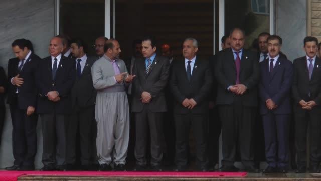 deputies cabinet members of iraqi kurdistan regional government including prime minister nechervan barzani and deputy pm kubat talabani attend... - massförstörelsevapen bildbanksvideor och videomaterial från bakom kulisserna