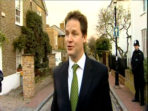 deputy prime minister nick clegg makes statement to the press regarding the proposed rise in university tuition fees on the day the house of commons... - prime minister bildbanksvideor och videomaterial från bakom kulisserna