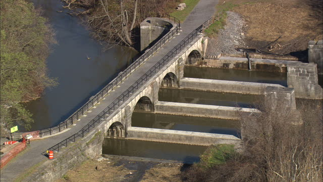 derelict aqueduct on old erie canal - aqueduct stock videos and b-roll footage