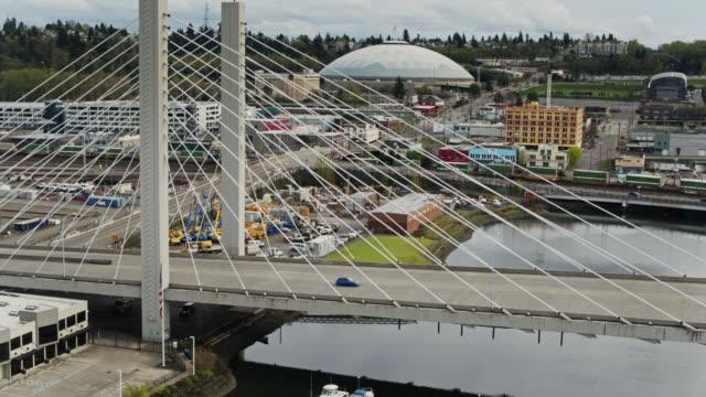 descending drone shot of east 21st street bridge, tacoma - pierce county washington state stock videos & royalty-free footage