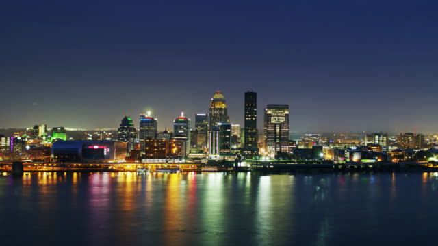descending drone shot of louisville at night - kentucky stock videos & royalty-free footage
