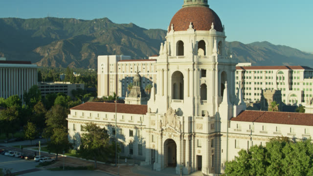 descending drone shot of pasadena city hall - pasadena california stock videos & royalty-free footage