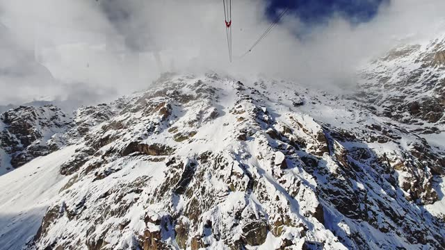 descending with chairlift in the alps - ski lift stock videos & royalty-free footage