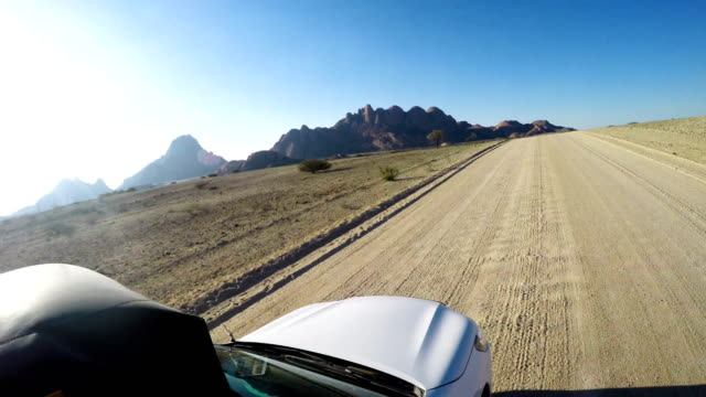 desert adventure - 4x4 stock videos & royalty-free footage