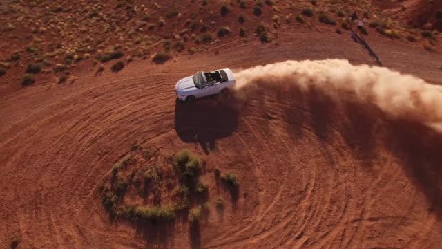 vídeos de stock e filmes b-roll de desert burn out aerial, 4k, 13s, 1of4, stock video sale - drone discoveries - drone aerial view - filme de ação