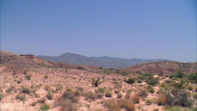 ws desert landscape / santa clarita, california - santa clarita stock videos & royalty-free footage