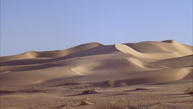 ws, desert sand dunes / california - palm springs california stock videos & royalty-free footage