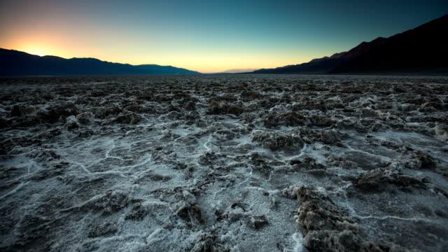 desert - naturwunder stock-videos und b-roll-filmmaterial
