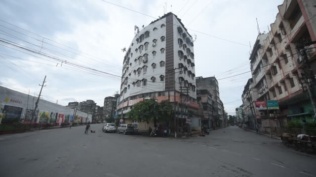 july 2: deserted fancy bazar area during complete covid-19 lockdown on july 2 in guwahati, india. - abandoned stock videos & royalty-free footage