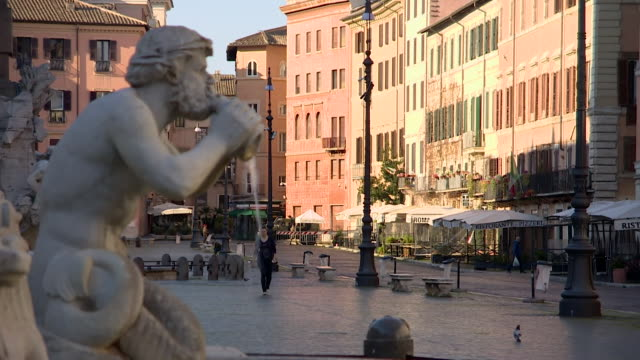 deserted rome during lockdown due to the coronavirus pandemic - inquadratura fissa video stock e b–roll