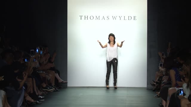 stockvideo's en b-roll-footage met designer at thomas wylde new york fashion week s/s 2016 at the dock skylight at moynihan station on september 16 2015 in new york city - thomas wylde