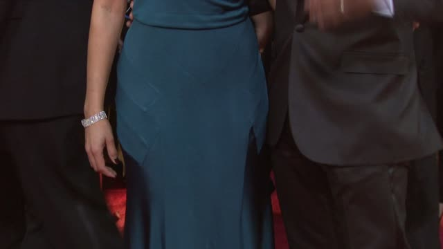 vidéos et rushes de desiree dacosta and blair underwood at the 66th annual golden globe awards arrivals part 6 at los angeles ca - blair underwood