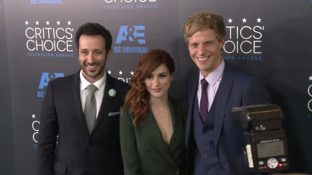 desmin borges, aya cash, and chris geere at the 2015 critics' choice television awards at the beverly hilton hotel on may 31, 2015 in beverly hills,... - 放送テレビ批評家協会賞点の映像素材/bロール