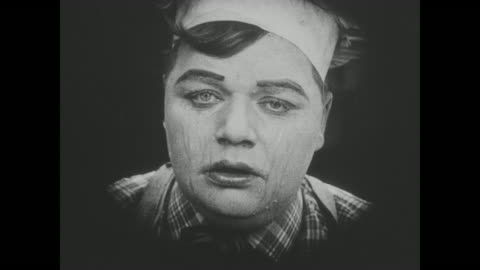 1918 a despondent chef (fatty arbuckle) chops onions in kitchen - slapstick comedy stock videos & royalty-free footage