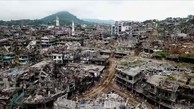destroyed buildings caused by war - non urban scene stock videos & royalty-free footage