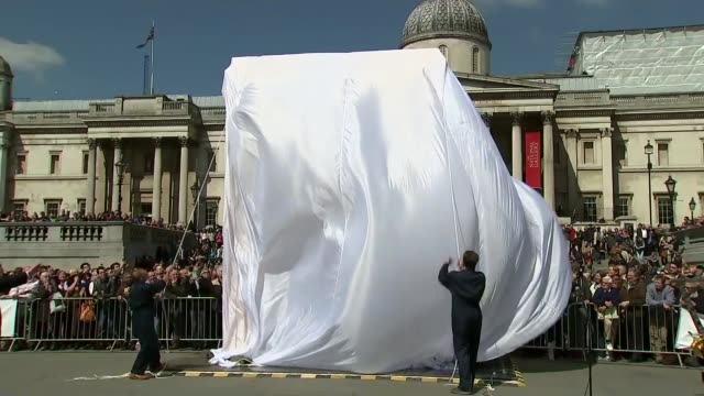 debate over restoration of ancient city after islamic state destruction england london trafalgar square ext scale model of the triumphal arch of... - triumphal arch stock videos & royalty-free footage