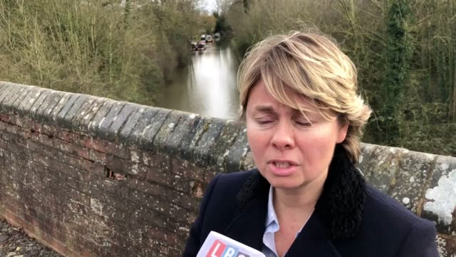 det supt sam ridding, of west midlands police, comments on specialist sonar equipment searches taking place on a canal near harborough parva,... - コベントリー点の映像素材/bロール
