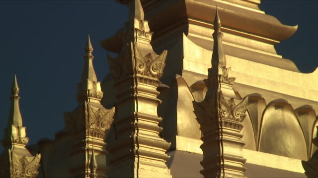 cu zo ms detail of buddhist stupa / vientiane, laos - stupa stock videos & royalty-free footage
